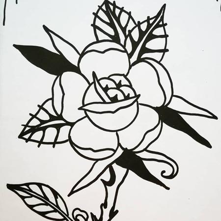Motiv för tatuering; Taggig old school ros med runda blad och fjällig mitt.
