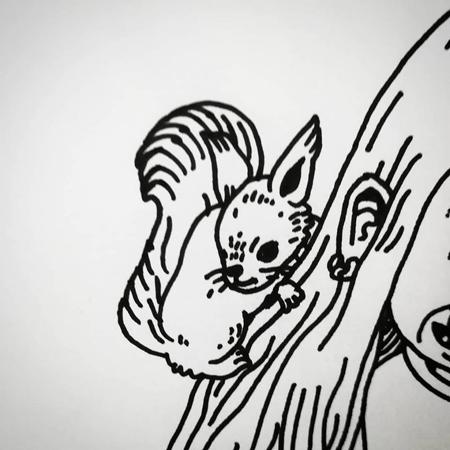 Queer Konst av Hanna Gustavsson. En ekorre klättrar i håret på ett troll.
